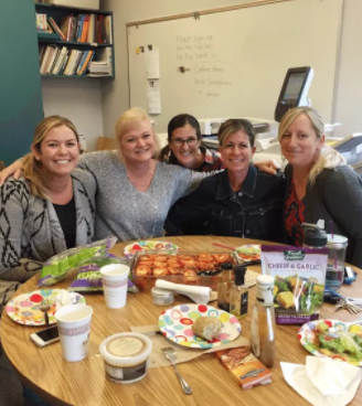 How to Start a Lunch Bunch