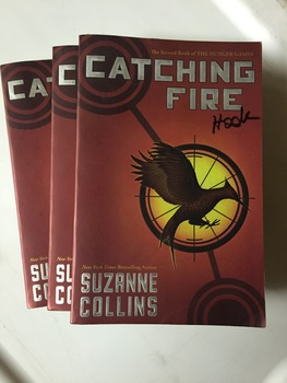 """""""Catching Fire"""" books, by Suzanne Collins - Literature Circle Set"""