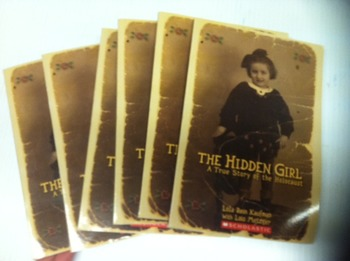 """The Hidden Girl"" books, by Lola Reain Kaufman - Literatur"