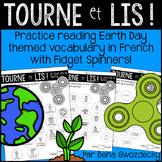 {Tourne et Lis: Le Jour de la Terre!} Reading in French wi