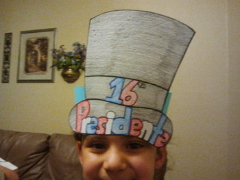 Abe Lincoln hat, paper pattern, and writing activity Cscope common core