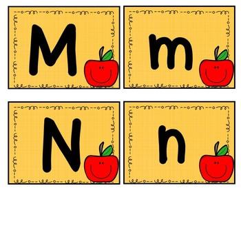 Alphabet Flash Cards: Apple Set