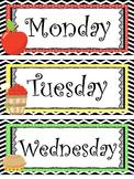 Apple themed Printable Days of the Week Classroom Bulletin