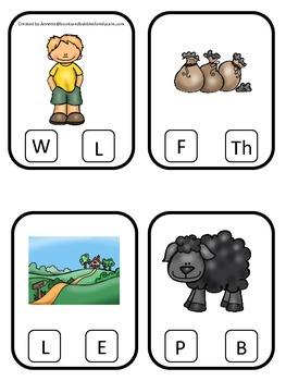 Baa Baa Black Sheep themed Beginning Sounds Clip it Cards preschool activity.