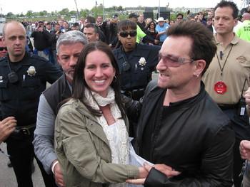 Bono loves Erika
