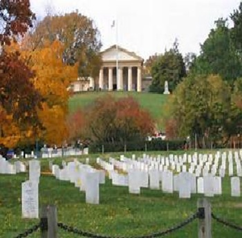 Bundle of 2 - National Park - Arlington - Tomb of the Unknowns & Caisson Platoon