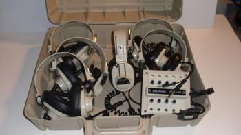 Califone LISTENING CENTER 6 HEADPHONEs w/ storage case & Center connector