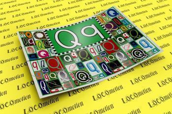 Circle-Line Alphabet Display Case: Q