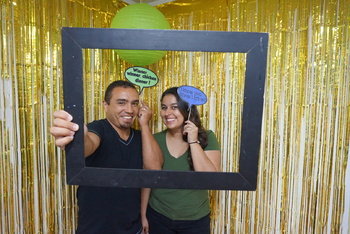 DIY Spanish/English Photo Booth Kit (Assembly Required)