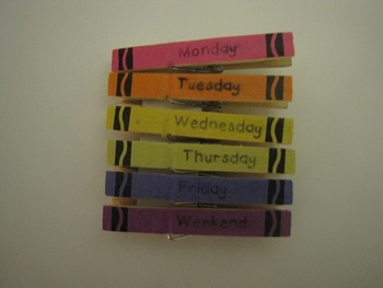 Days of the Week Crayon Clothespins