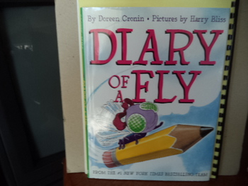 Diary of a Fly  ISBN 978-0-06-000156-8