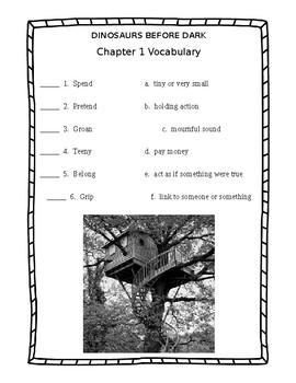 Dinosaurs Before Dark (Magic Tree House #1)