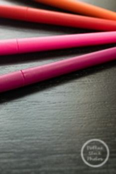 Dollar Stock Photo 117 Colorful Pens: Reds