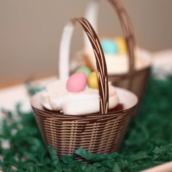 Easter or Mother's Day Basket Craft for Cupcakes - Great gift!