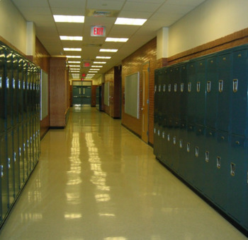En la Escuela - In the School - Worksheet