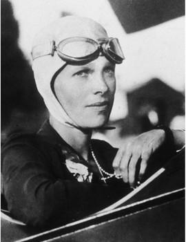 FREE - Clip Art & Poster | Women's History | Amelia Earhart