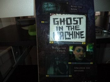 GHOST IN THE MACHINE   ISBN 13 975 0 545 07570 1