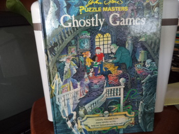 GHOSTLY GAMES    ISBN 0-89577-393-7