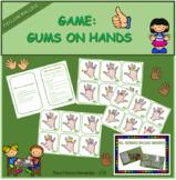 Game: elastic gums on hands / Juego: gomas en las manos
