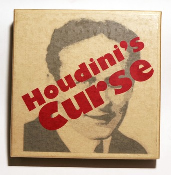 Geometric Puzzle: 4 colors, 12 pieces, Houdini's Curse