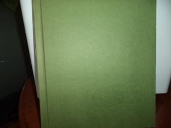 HUSH      A THAI LULLABY         ISBN 0-531-09500-02