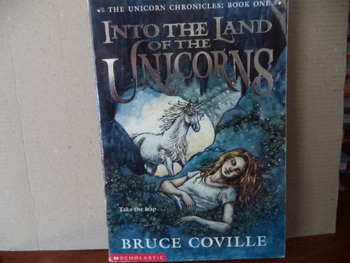 Into the Land of the Unicorns ISBN 0-439-10838-1