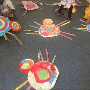 Kindergarten Art Lesson: Kandinsky Spiders