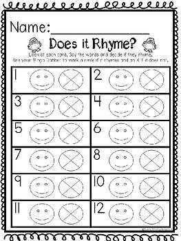 Kindergarten Literacy Center - Does it Rhyme?