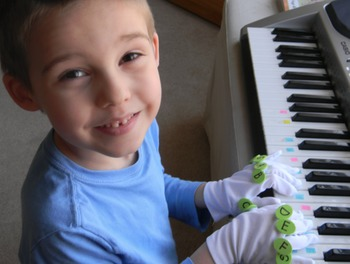 LEARN PIANO MUSIC GLOVES & BUTTONS