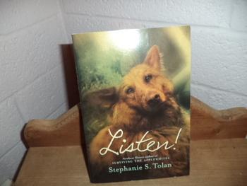 Listen!   ISBN-13 978-0-545-10585-9
