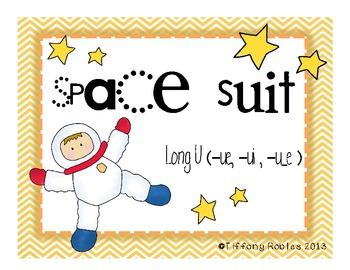Long U: Space Suit