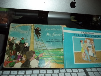 MAYFLOWER   COLONIAL TIMES           (SET OF 2)