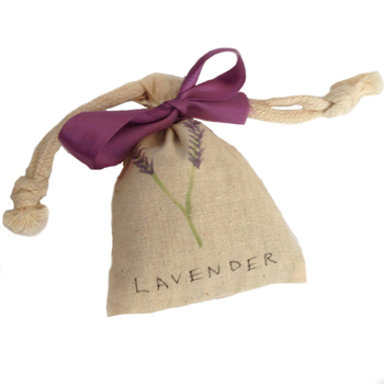 Making personalized lavender or other scented sachets in class for the holidays