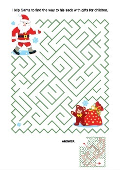 Maze Game with Santa, Commercial Use Allowed
