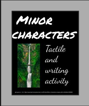 Minor characters analysis with a foldable.