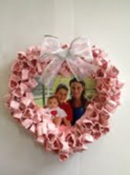 Mother's Day Heart Wreath Project Craft