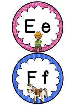Mur de mots et lettres de l'alphabet - étiquettes - Thème: cowboys