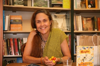 """Nye, Naomi Shihab.  """"In Common.""""  (Nonfiction essay)"""