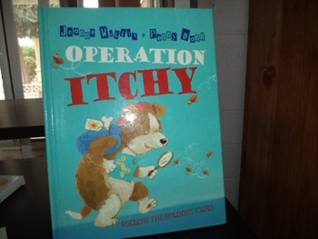 OPERATION ITCHY  ISBN 0-7636-2481-0