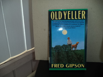 Old Yeller ISBN 0-439-15963-6