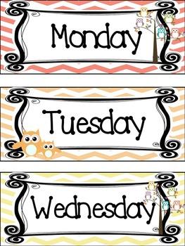 Owl themed Printable Days of the Week Classroom Bulletin B