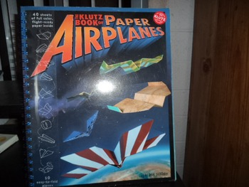 PAPER AIRPLANES     ISBN 1-57054-830-7