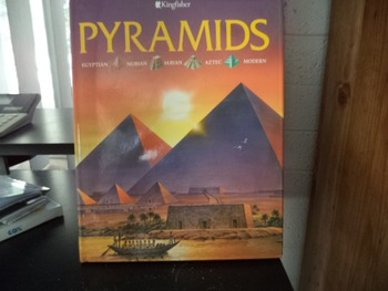 PYRAMIDS      ISBN 1-85697-674-2