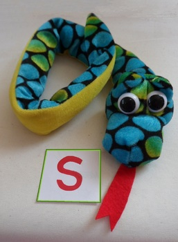 Phonic Photos: s - snake