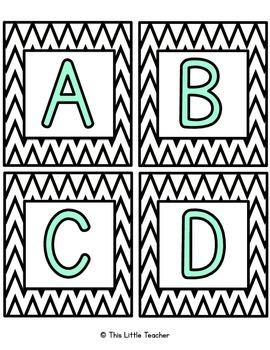 Pre-Primer & Primer Dolch Word Wall Set - White & Black Chevron w/ Mint