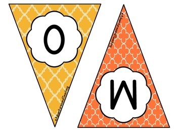 Quatrefoil Welcome Pennant Sign FREEBIE
