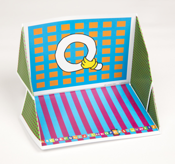 Quilt Hand Alphabet Display Case: Q