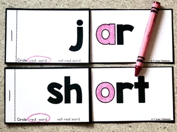 R-Controlled Vowel Word Family (ar and or) Phonics FLIP Books