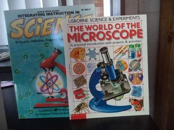 SCIENCE   ISBN 0865303215  MIC (SET OF 2)MIC  ISBN0590203495