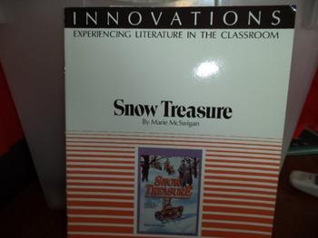 SNOW TREASURE   0-590-43239-7